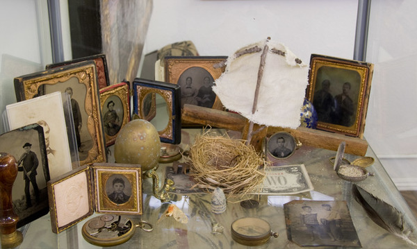 Examples of 19th Century Embeded Objects